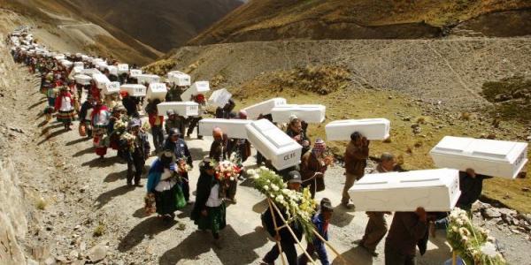 Reparaciones a los afectados del conflicto armado interno - Armadio interno ...